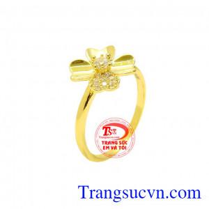 Nhẫn nữ hoa vàng tinh tế