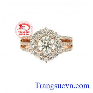 Kim cương là loại đá quý hiếm nhất trên thế giới. Nhẫn nữ kim cương tỏa sáng