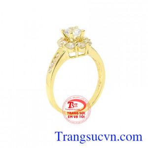 Nhẫn nữ vàng tây thời trang
