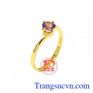 Nhẫn vàng thạch anh tím phái đẹp