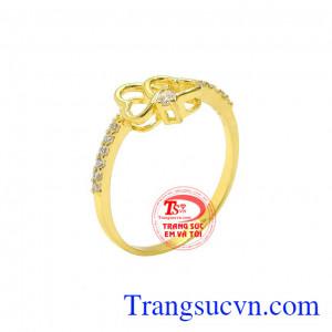 Nhẫn vàng trái tim yêu thương