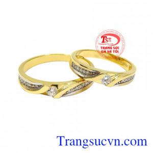 Nhẫn cưới vàng tây bền chặt