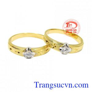 Nhẫn cưới vàng tây độc đáo