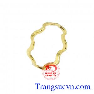 Nhẫn nữ vàng phong cách cá tính