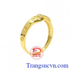 Nhẫn nữ vàng tây thời thượng