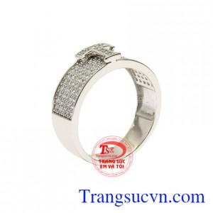 Nhẫn vàng trắng chữ T