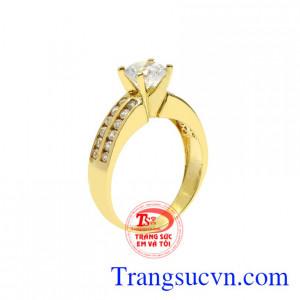 Nhẫn nữ vàng màu diễm lệ