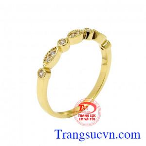 Nhẫn nữ vàng màu trang nhã