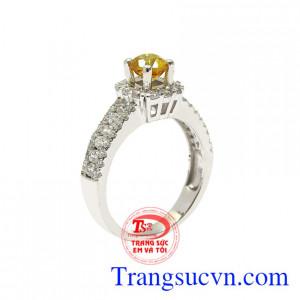 Nhẫn nữ vàng trắng saphir đẹp