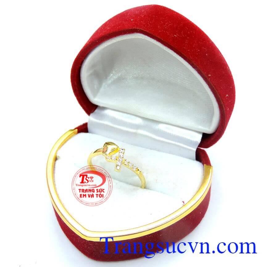 Nhẫn nữ thánh giá yêu thương