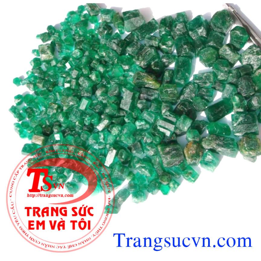 Emerald thieenn nhiên có kiểm định